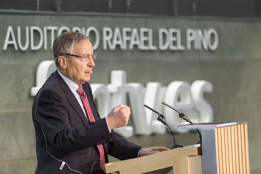 Foto Conferencia Juergen Donges